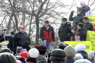 Митинг в Бийске за отставку губернатора края и глав города Бийска